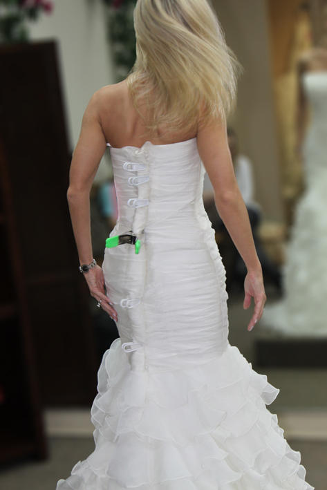 Photo credit: Lori Greig / Foter / CC BY-NC-NDAffordable Wedding Dress Alterations